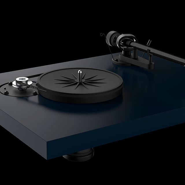 Debut Carbon EVO solid MDF Project Audio
